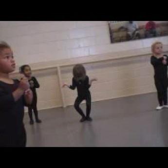 Nešikovná baletka