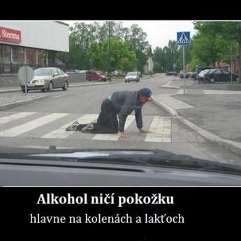 Alkohol ničí pokožku