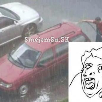 Umývanie auta v daždi