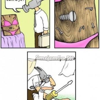 Kladivo vs. skrutkovač