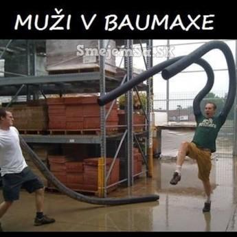 Muži v Baumaxe
