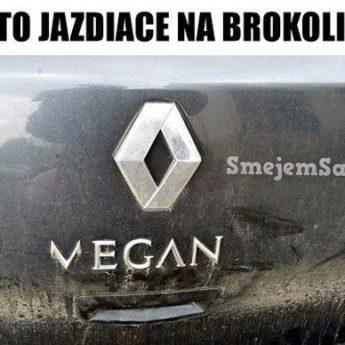 Auto jazdiace na brokolicu